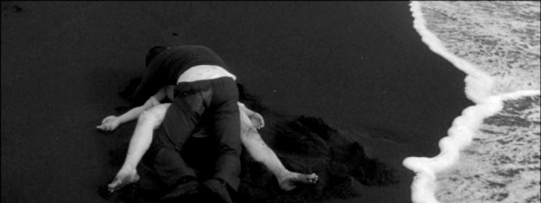 kofun-naked-pursuit-_3